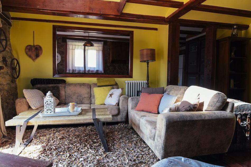Casa Rural en Linares de Mora con Salón Comedor