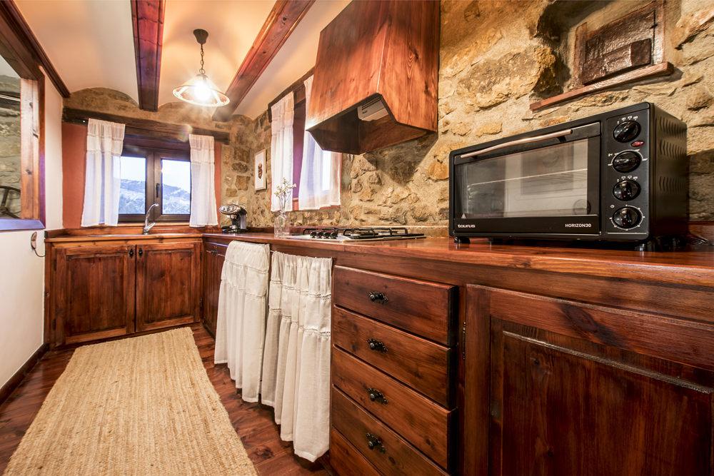 Casa Rural con cocina con menaje en Linares de Mora en Teruel